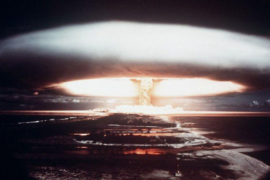 Pour le désarmement nucléaire, le 6 août 2020 au Menez-Hom, 75 ans après les bombardements d'Hiroshima et de Nagasaki.